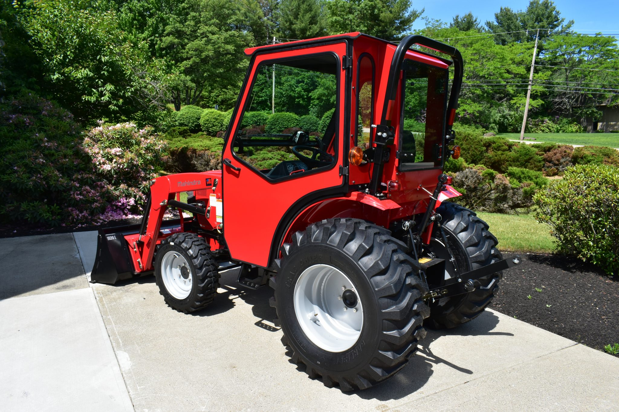 Curtis Industries Introduces All-Steel Cab for the Mahindra